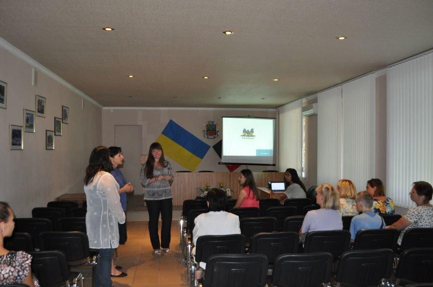 В Авдеевке чилийские волонтеры провели семинар по вопросам ВИЧ/СПИД (ФОТО), фото-3