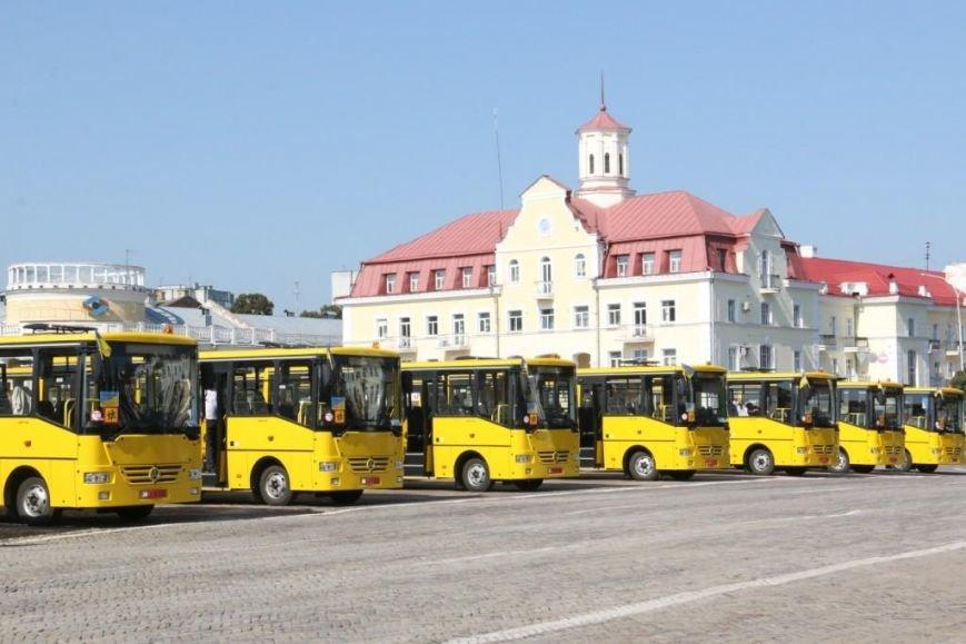 Школьники Черниговщины получили новые автобусы, фото-4