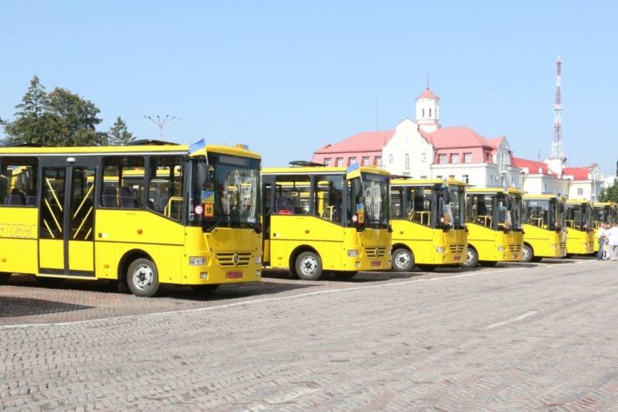 Школьники Черниговщины получили новые автобусы, фото-2