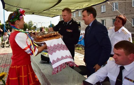 Заключенных Приазовской исполнительной колонии с праздником поздравил генерал Аброськин (ФОТО), фото-6