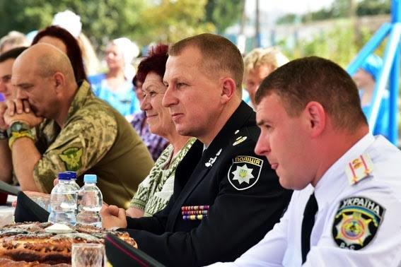 Заключенных Приазовской исполнительной колонии с праздником поздравил генерал Аброськин (ФОТО), фото-8