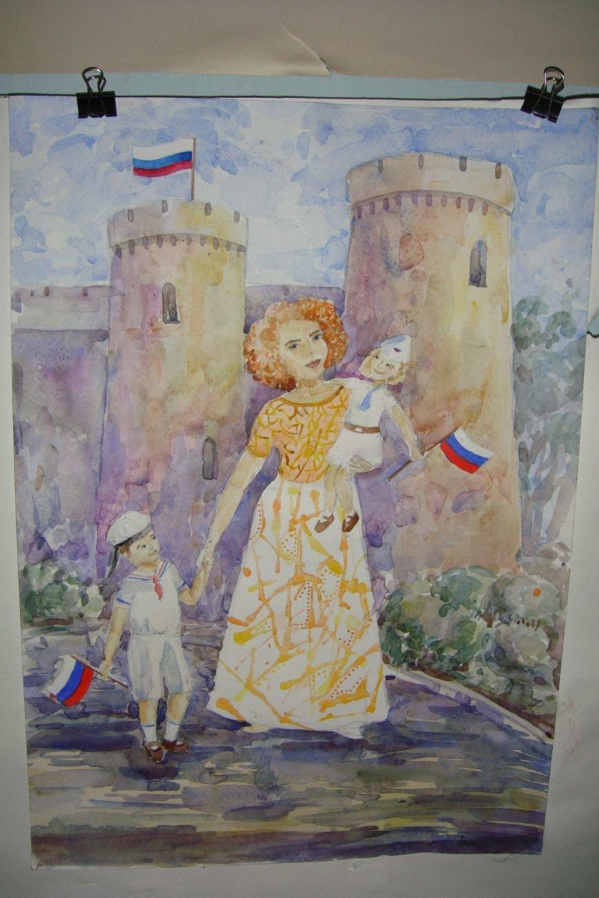 Ко Дню Российского Флага в библиотеке Воронцовского дворца открылась выставка рисунков, фото-3