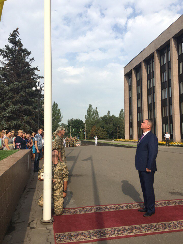 В Кривом Роге торжественно подняли Государственный Флаг Украины (ФОТО), фото-6