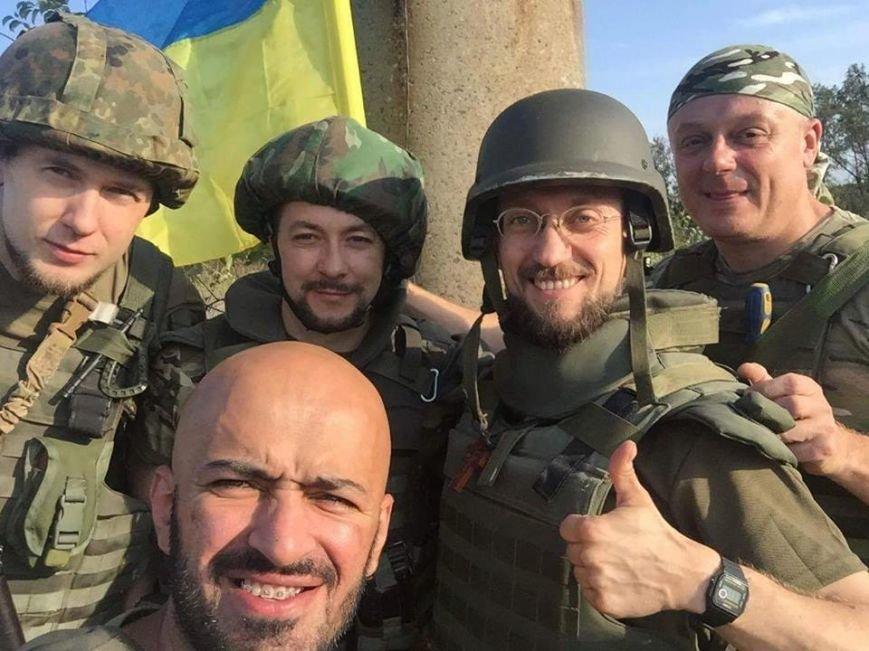 Над Авдеевской промкой подняли флаг Украины (ФОТО), фото-4