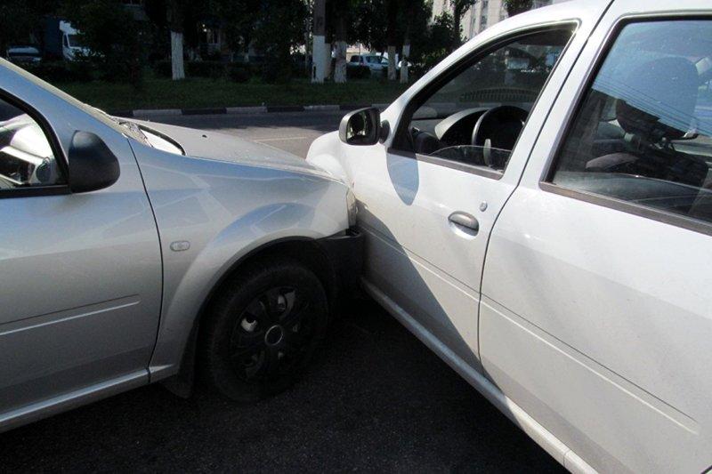 В Новом Осколе в ДТП попал пьяный водитель-бесправник, фото-2