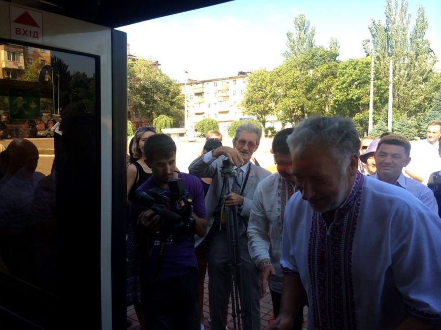 Мариупольские власти получили четыре новых троллейбуса (ФОТО, ВИДЕО), фото-8