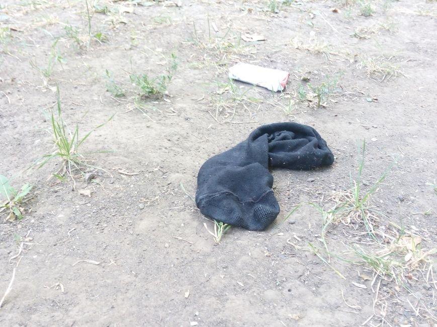 Красоту исторического одесского сквера не разглядеть под слоем мусора (ФОТО), фото-5