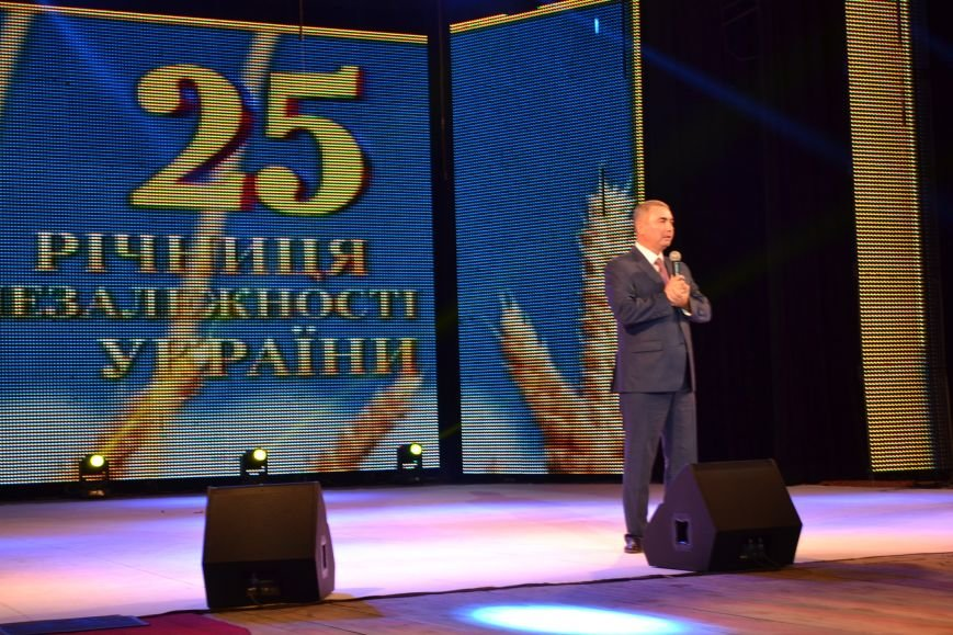 Сергей Маляренко: 25 лет назад наша страна завоевала независимость и право идти своим путем (ФОТО), фото-9