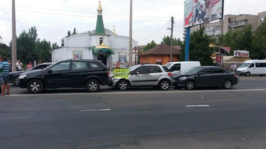 В Мелитополе в ДТП попали четыре автомобиля (фото), фото-1