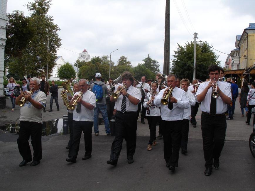 ФОТО: VII Парад Вишиванок у Білій Церкві, фото-1