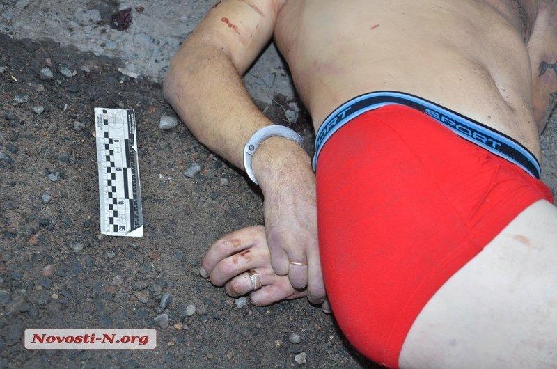 На Николаевщине полицейские насмерть забили мужчину на глазах у его родных (ФОТО 18+), фото-3