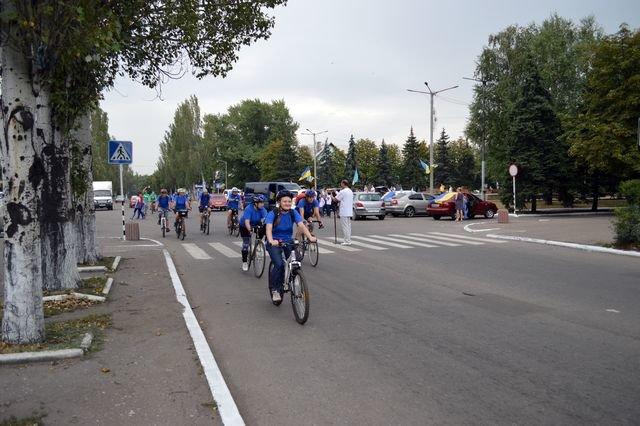 Добропольские велосипедисты отметили 25-летие независимости Украины, фото-1