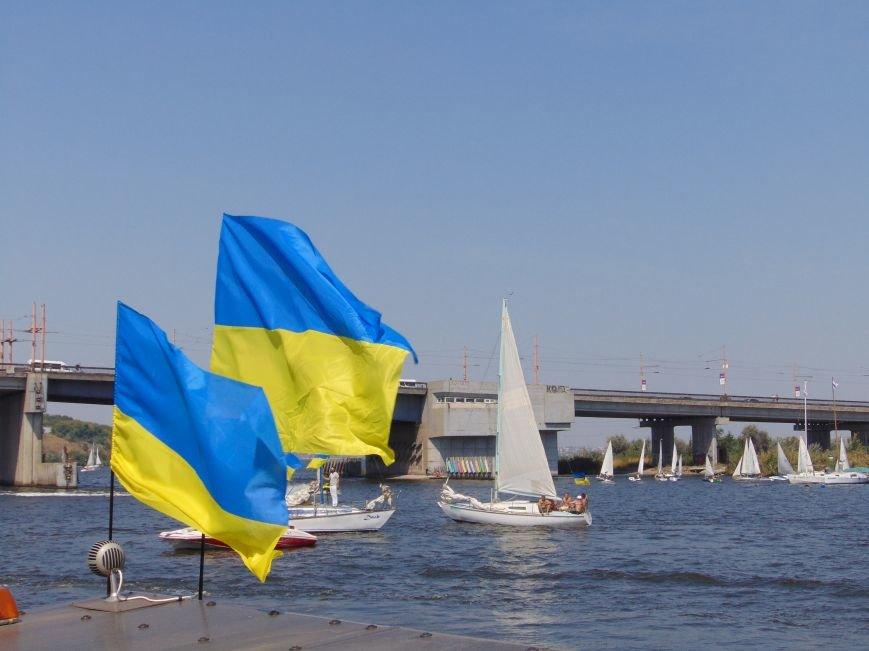 На День Независимости в Николаеве воды Южного Буга и Ингула заполнили 730 флагов Украины (ФОТОРЕПОРТАЖ), фото-10