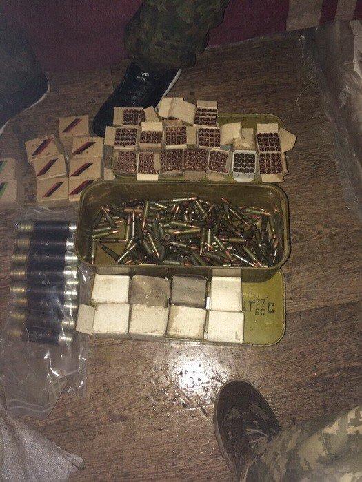 Через Днепропетровщину псевдо бойцы пытались провести гранатометы, мины, сотни патронов (ФОТО), фото-3