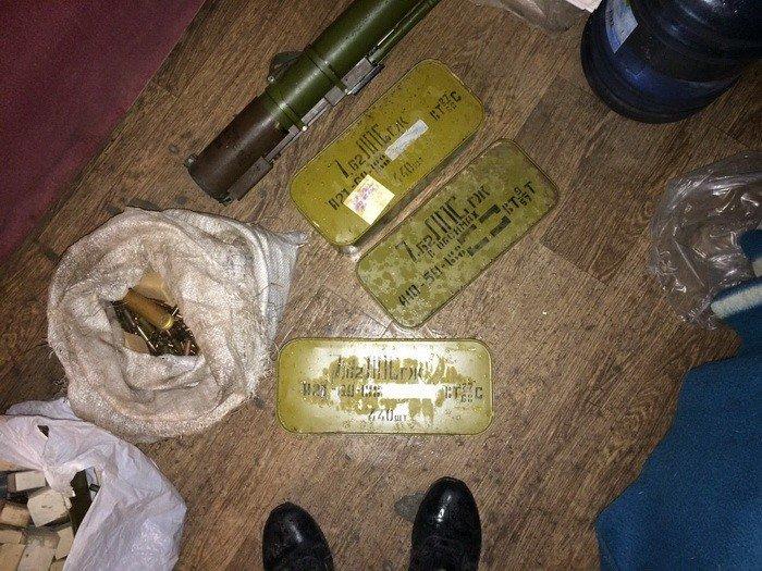 Через Днепропетровщину псевдо бойцы пытались провести гранатометы, мины, сотни патронов (ФОТО), фото-2
