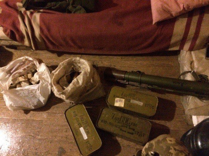 Через Днепропетровщину псевдо бойцы пытались провести гранатометы, мины, сотни патронов (ФОТО), фото-4