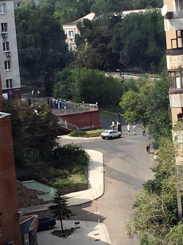 В результате страшного взрыва в центре Донецка погиб человек (ФОТО, ВИДЕО, 18+), фото-1