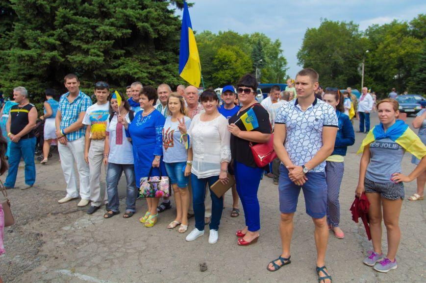 В Доброполье на День независимости к памятнику Ермакова возложили цветы, фото-1