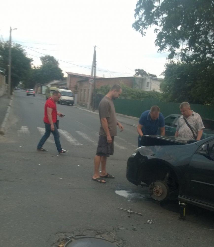 На перекрестке в Кропивницком произошло ДТП (ФОТО), фото-3