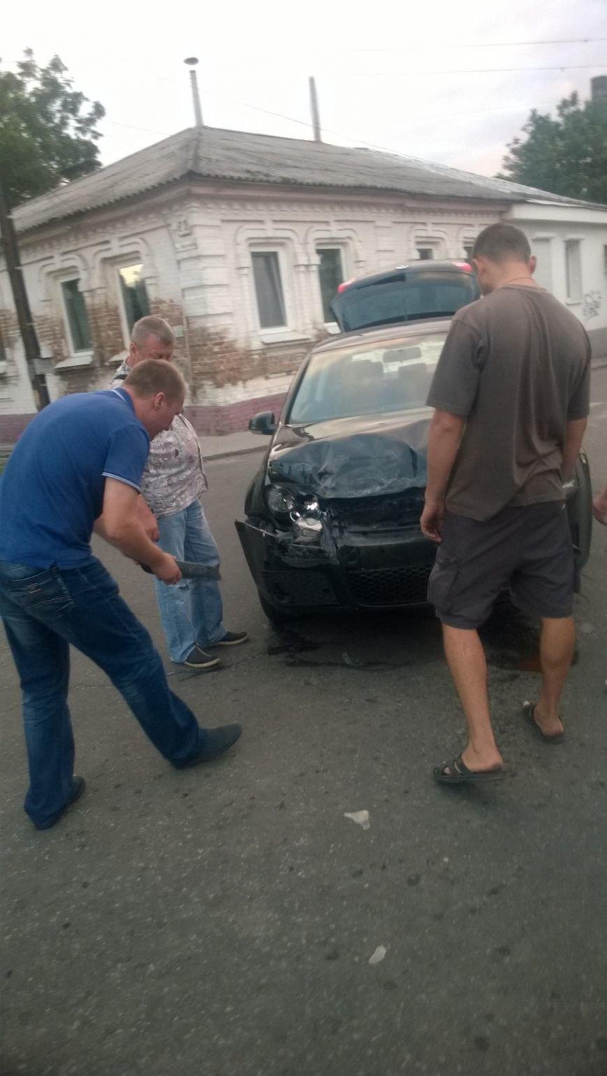 На перекрестке в Кропивницком произошло ДТП (ФОТО), фото-5
