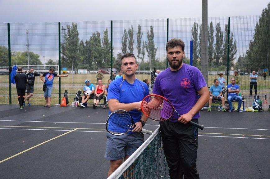 Победитель турнира Григорович и Костин, занявший второе место (1)