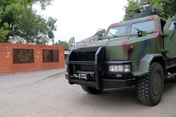 В прифронтовых поселках под Мариуполем полицейские обнаружили мины и снаряды (ФОТО), фото-16