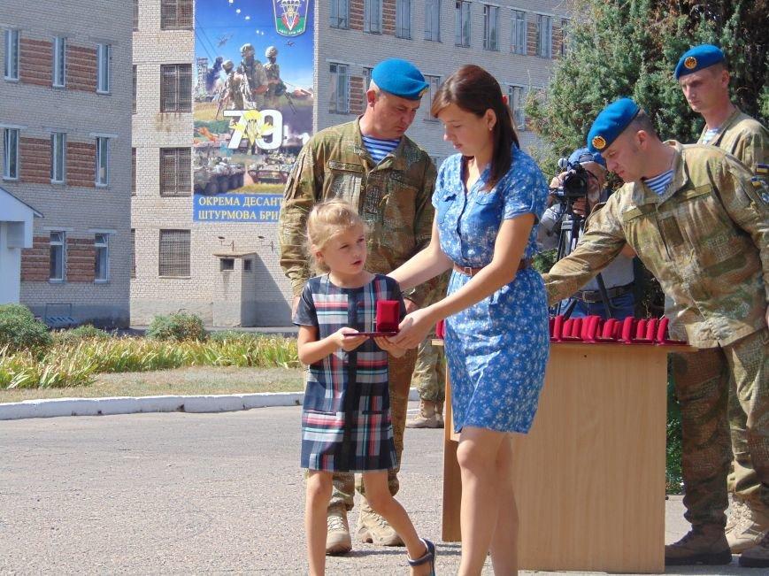 Тем, кто стоял насмерть: в Николаеве открыли памятник героям-десантникам (ФОТОРЕПОРТАЖ), фото-4
