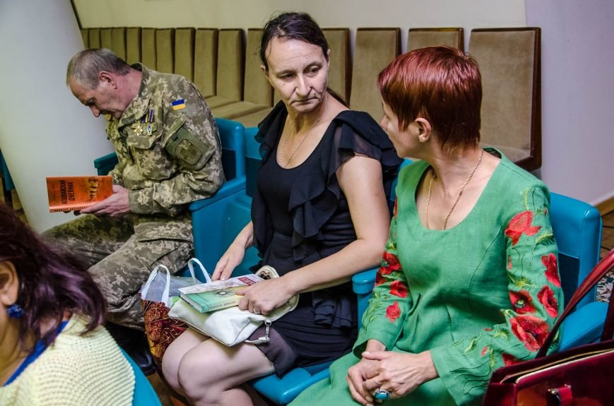Сразу две книги об Иловайской трагедии презентовали в Днепропетровской ОГА (ФОТО), фото-3