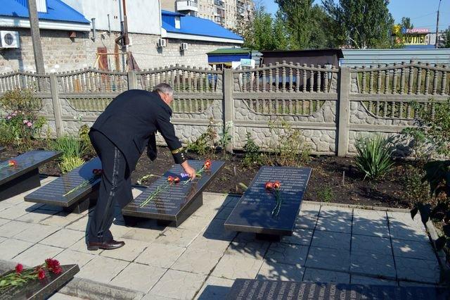 В Доброполье прошла панихида по погибшим шахтёрам, фото-4