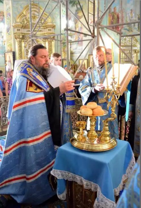 Православные криворожане празднуют Успение Пресвятой Богородицы (ФОТО), фото-2