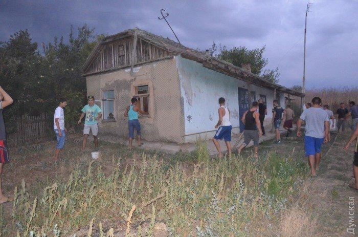 Убийство ребенка в селе на юге Одесской области спровоцировало народный бунт (ФОТО, ВИДЕО), фото-1