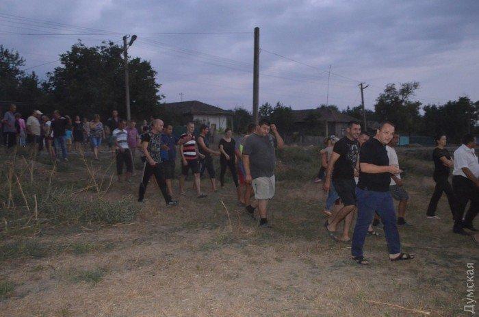 Убийство ребенка в селе на юге Одесской области спровоцировало народный бунт (ФОТО, ВИДЕО), фото-2