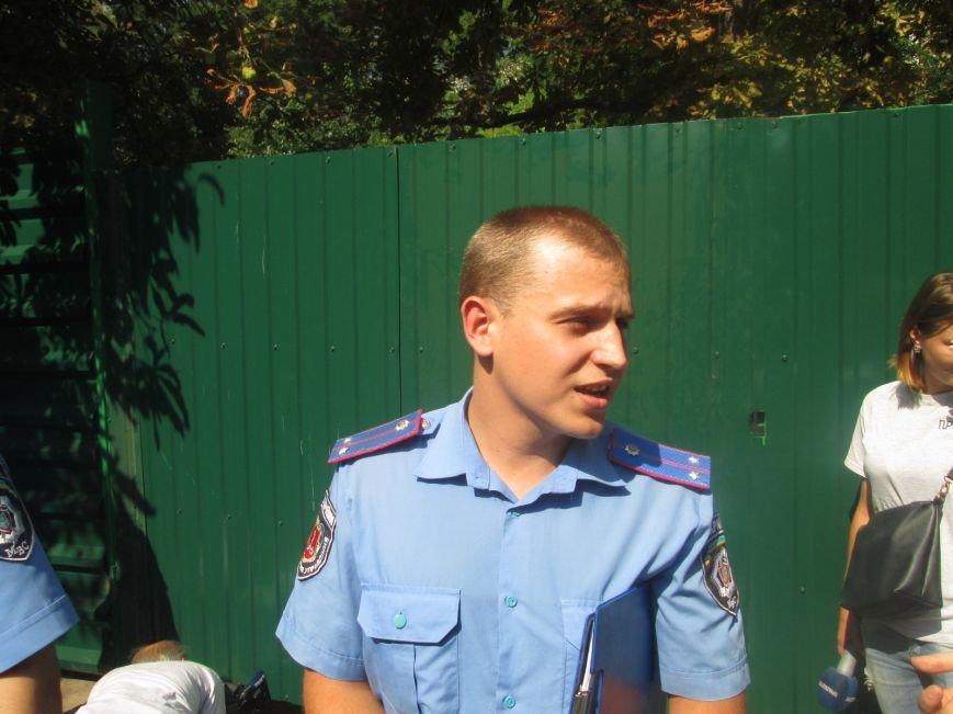 Жители одесских Черемушек сносили забор нахалстроя (ФОТО, ВИДЕО), фото-10