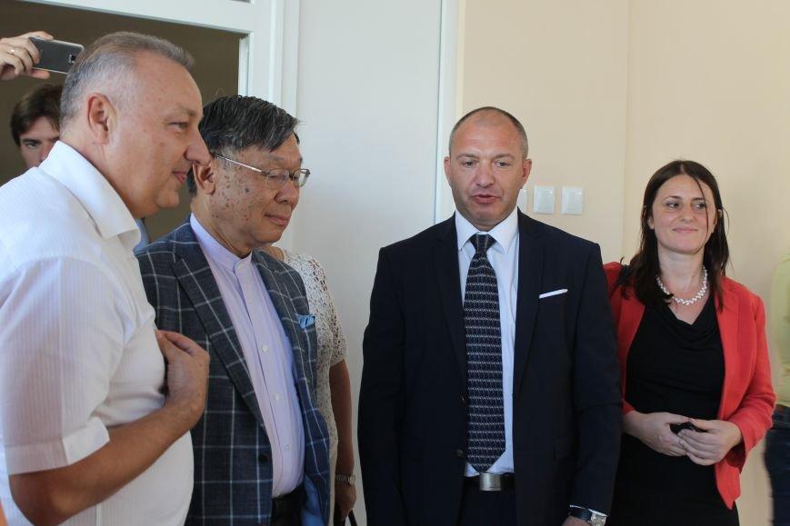 Посол Японии открыл восстановленное отделение почты в Николаевке, фото-4