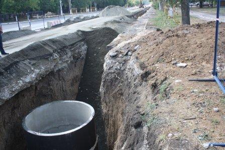 В Мариуполе кипит работа по ремонту коллектора на ул. Азовстальской, фото-6