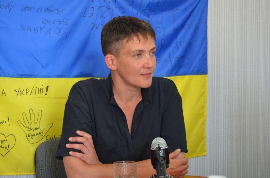 В Мариуполе Надежда Савченко рассказала, как плавала в ночном Азовском море (ФОТО+ВИДЕО), фото-2