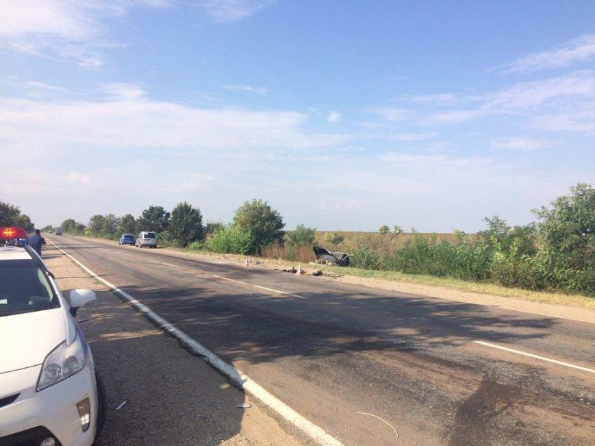 5 человек травмировались в столкновении двух «Лад» на крымской трассе: пострадавшие ищут виновника аварии (ФОТО, ВИДЕО), фото-1