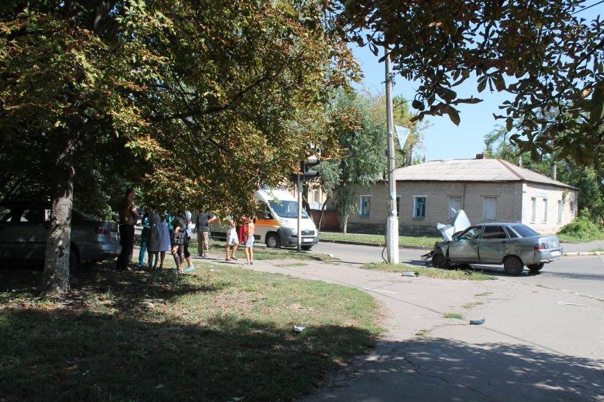 Авария на Почтовой в Славянске: есть пострадавшие (ФОТО), фото-1