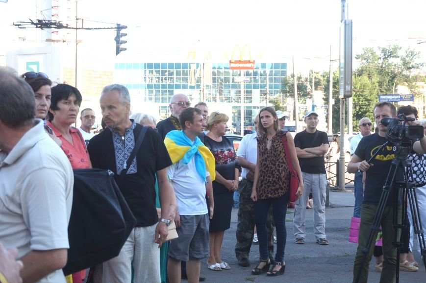 Криворожане вспомнили поименно земляков, погибших в зоне АТО и помолились за тех, кто и сегодня защищает нас от оккупантов  (ФОТО), фото-2