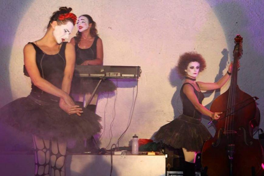 В Мариуполе выступили Dakh Doughters (ФОТО, ВИДЕО), фото-9