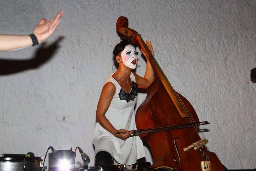 В Мариуполе выступили Dakh Doughters (ФОТО, ВИДЕО), фото-6