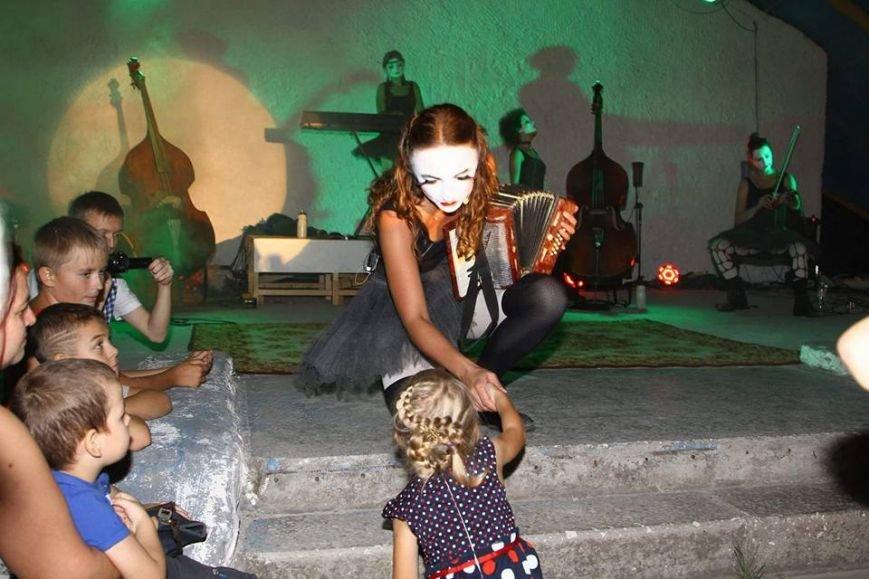 В Мариуполе выступили Dakh Doughters (ФОТО, ВИДЕО), фото-10