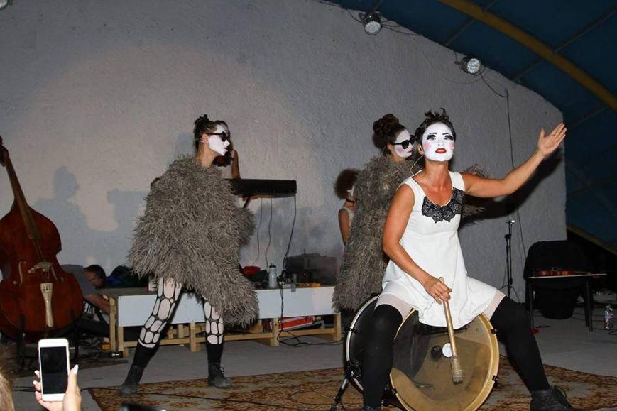 В Мариуполе выступили Dakh Doughters (ФОТО, ВИДЕО), фото-5
