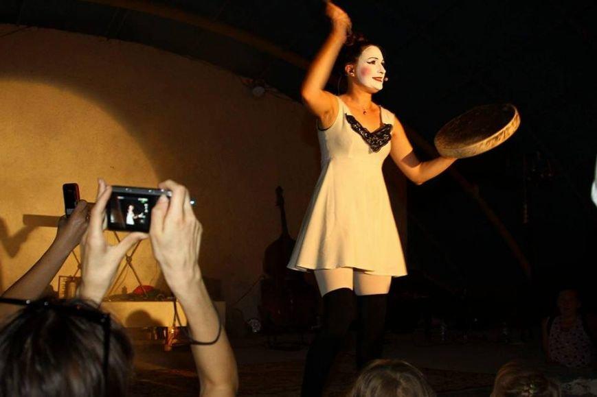 В Мариуполе выступили Dakh Doughters (ФОТО, ВИДЕО), фото-4