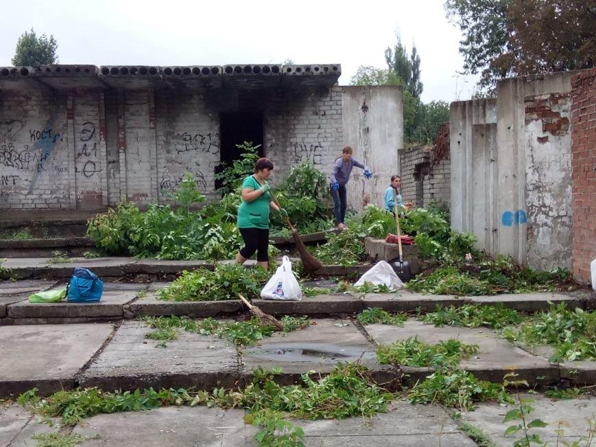 В Доброполье успешно завершили первый этап социальных работ для ВПЛ, фото-1