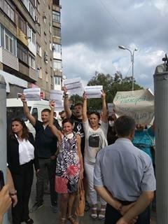 Порошенко заявил, что митингующими за чистый воздух в Мариуполе руководит Путин (ФОТО+ВИДЕО), фото-1