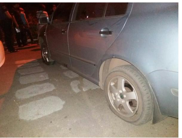 """В Кривом Роге: мать пьяного водителя разбила нос полисмену, за информацию о вандалах пообещали 50 тысяч, полицейские """"гоняли""""  бабушек, фото-1"""