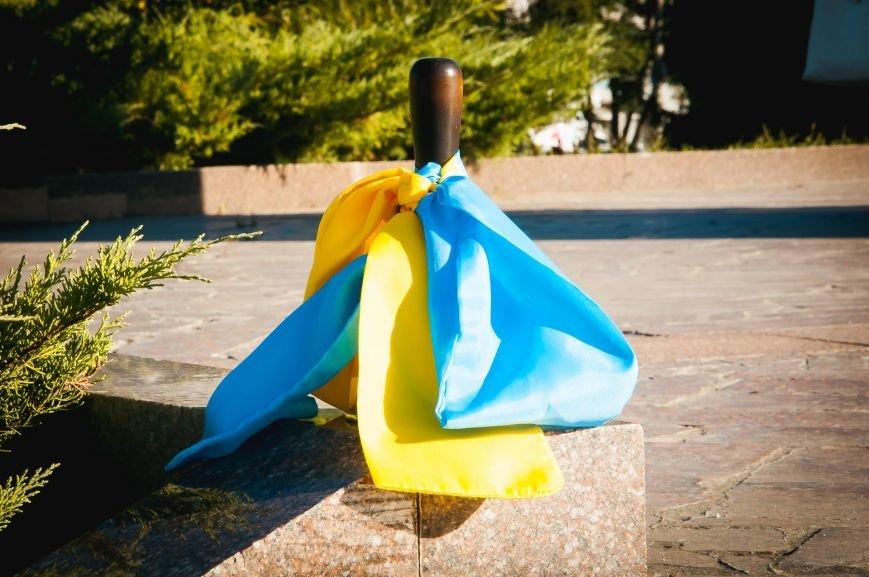 Сегодня Кременчугский лицей №4 отмечает Праздник первого звонка и своё 25-летие (фото и видео), фото-1