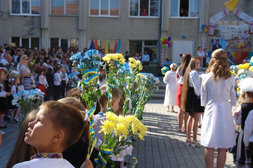 Свято першого дзвоника у 23 школі. Фоторепортаж, фото-11