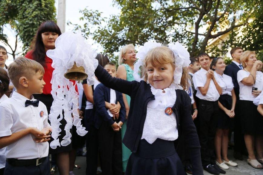 Аксенов поздравил крымских школьников с Днем знаний: «Без вас, ребята, успешного и счастливого будущего у Крыма не будет» (ФОТО), фото-7